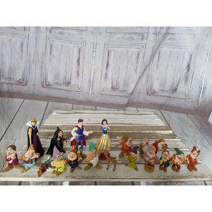Walt Disney Snow White & The Seven Dwarfs Bambi Co